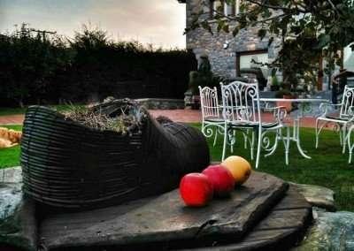 Jardín casa rural La Llosa de Sámano